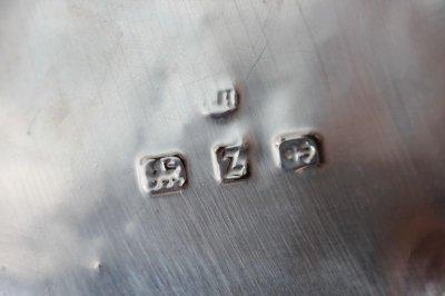 画像3: 純銀のティーキャディー